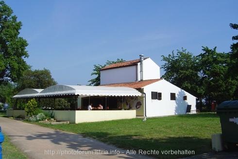 camp ulika kleiner grill istrien kroatien photos. Black Bedroom Furniture Sets. Home Design Ideas